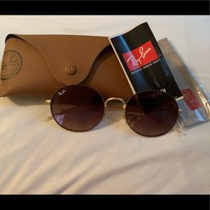 Ray Ban sunglass. RB3594 Beat Oval sunglasses